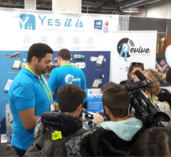Interview/Stand de Yes It Is